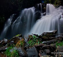 Snob Creek Falls by dazzleng