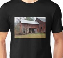 Old Red Weathered Barn Unisex T-Shirt