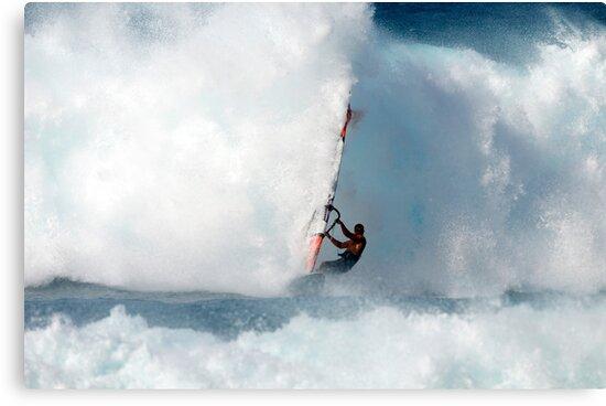 Big surf .... Ho'okipa Beach Park, North Shore, Maui .... by M-Pics