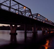 Shoalhaven River on sunset by Justin Showell