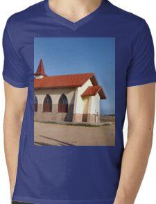 a stunning Aruba landscape Mens V-Neck T-Shirt