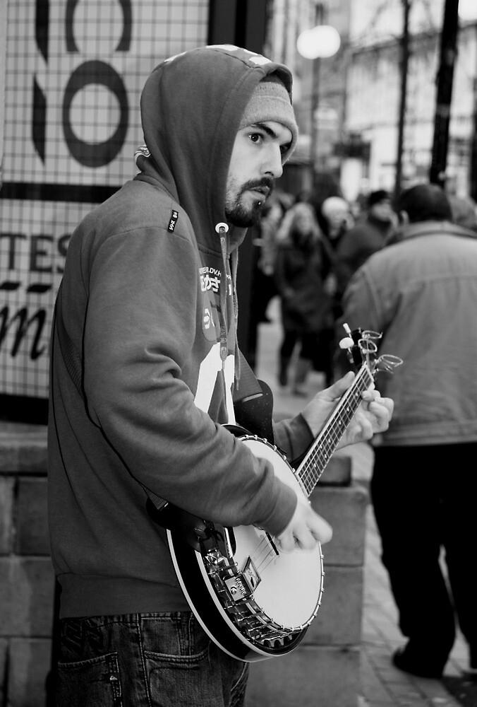 Belfast 6.12.09 - Banjo Busker by SNAPPYDAVE