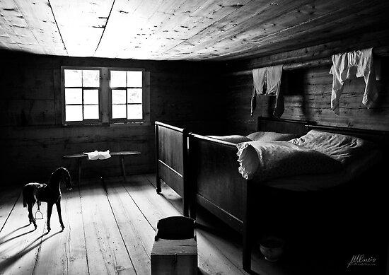 Rustic bedroom by Mario Curcio
