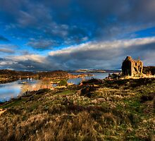 The Guardian of East Loch by peartree