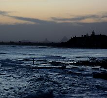 Glasshouse Mountains from Kings Beach by smallan