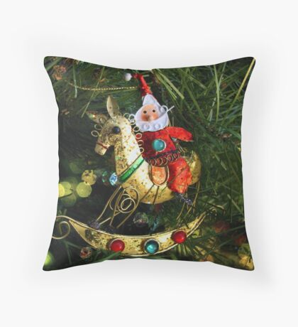 Merry Christmas to All! Throw Pillow