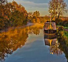 Autumn on the Grandunion Canal by JackJacovou