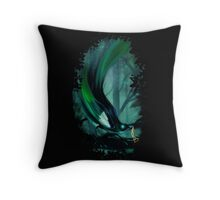 thieving magpie Throw Pillow