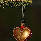 Holiday Heart by TickerGirl