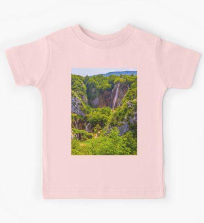 a colourful Croatia landscape Kids Tee