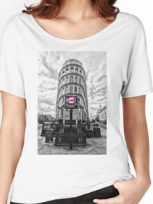 Mansion House Tube Station Women's Relaxed Fit T-Shirt