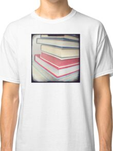 Something to read Classic T-Shirt