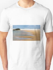 Bedruthan Beach,North Cornwall Unisex T-Shirt