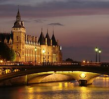 La conciergerie, Paris by nfrPictures