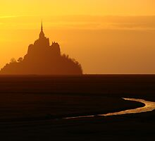 Le Mont Saint Michel by nfrPictures