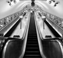 Turnpike Lane Tube Station by AntSmith