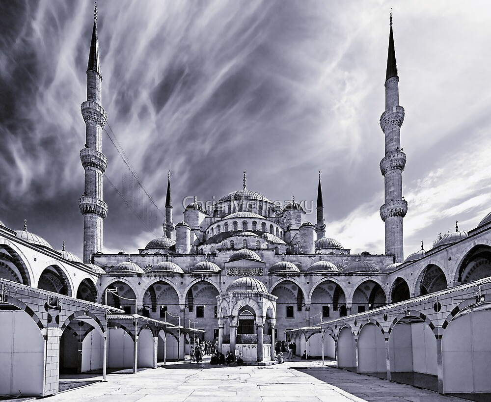 The Blue Mosque, Istanbul by Chris McIlreavy