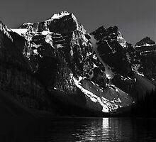 Moraine Lake, Banff National Park by Neil Thompson