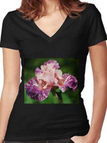 Anaconda Love Iris Women's Fitted V-Neck T-Shirt