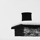 Snowy chimney pot by SNAPPYDAVE