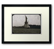 statue of liberty post card Framed Print