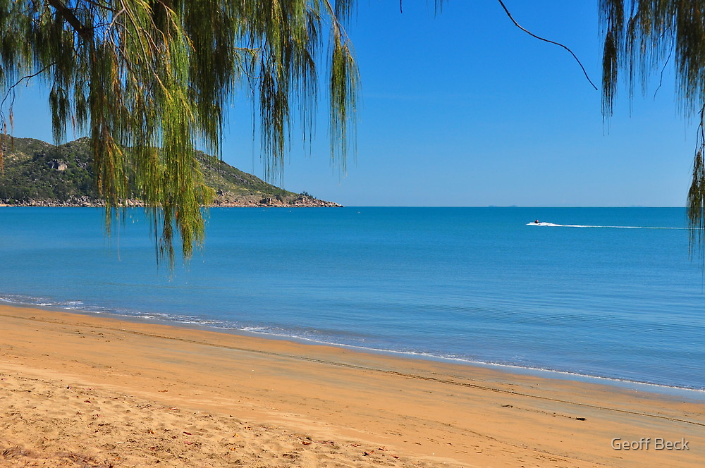 Crowded Magnetic Island Beach by Geoff Beck