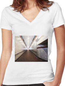 Woodford Tube Station Women's Fitted V-Neck T-Shirt