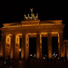 Brandenburg Gate by iagomega