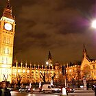 Big Ben at night by LeanneDixon