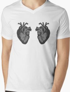 I <3 <3 The Doctor Mens V-Neck T-Shirt