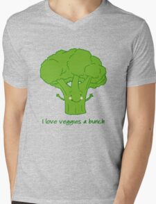 I love veggies a bunch Mens V-Neck T-Shirt