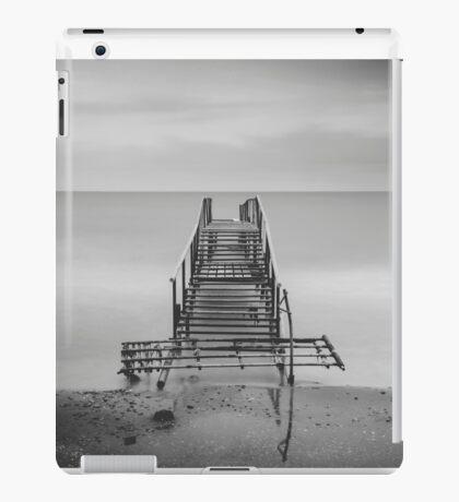 Tranquil Blues - BW iPad Case/Skin