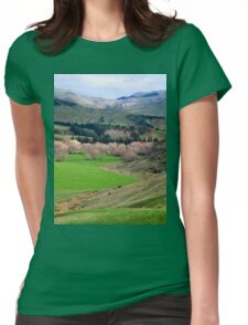 a desolate New Zealand landscape Womens Fitted T-Shirt