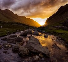 Valley Of Light by Ian Mitchell