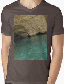 a historic El Salvador landscape Mens V-Neck T-Shirt