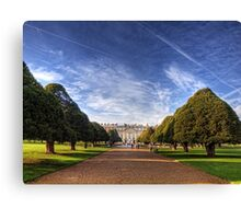Hampton Court Palace Canvas Print