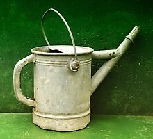 watering can by dasar