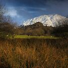 Manod mountain in snow by Rory Trappe