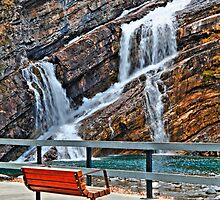 Bench under falls by zumi