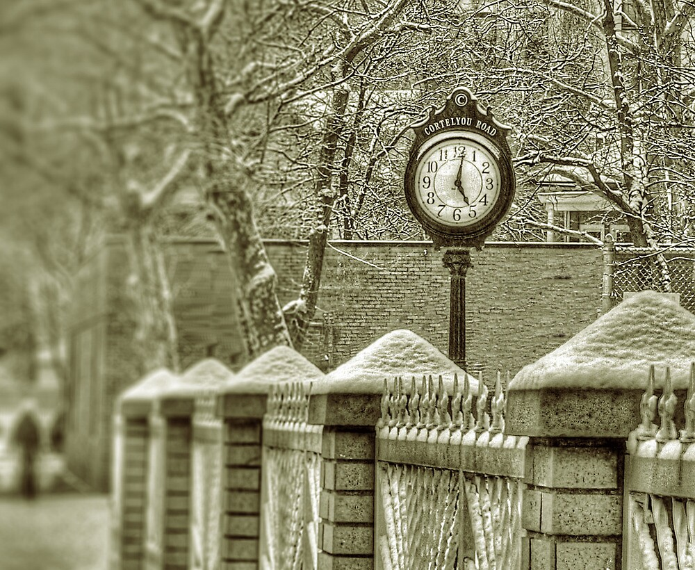 Cortelyou Clock by andytechie
