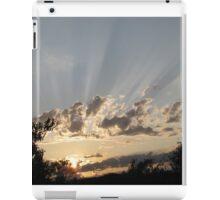 sun rays shining through the clouds iPad Case/Skin
