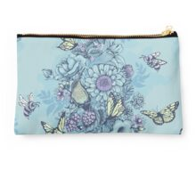 Beauty (eye of the beholder) - powder blue version Studio Pouch