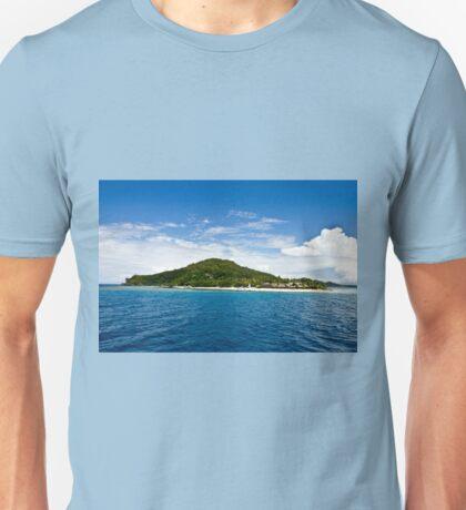 Beachcomber island, Fiji Unisex T-Shirt