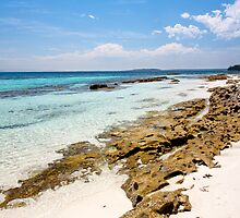 Scottish Rocks Beach by ianwoolcock