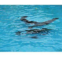 Under water: swimming Photographic Print