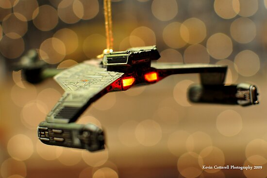 Klingon Battle Cruiser by Kevin Cotterell