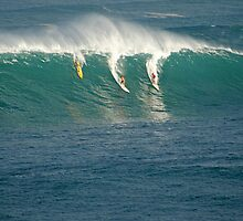Waimea Bay Big Wave Contest by kevin smith  skystudiohawaii