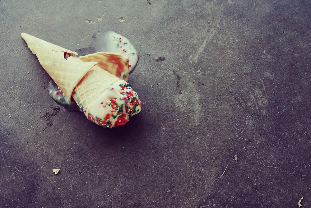 I dropped my vanilla icecream by Hayleyschreiber