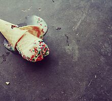I dropped my vanilla icecream by Hayleyschreiber