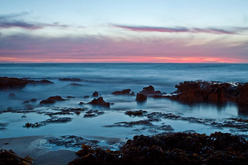 dusk at North Beach by Martin Pot